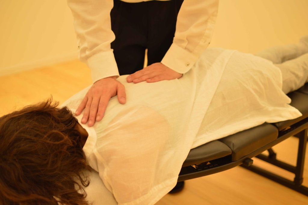 背中と腰の施術|名古屋市オリア施術院
